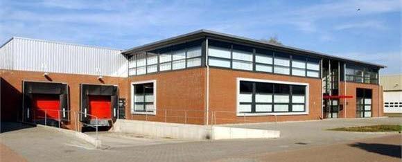 Selfstorage Hengelo Voorkant gebouw